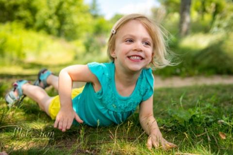 Great-Brook-Farm-best-Family-Portrait-Photo-Session-child