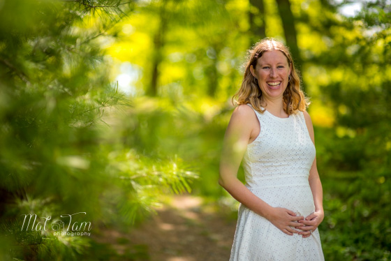 boston-maternity-photo-happy