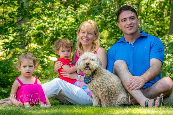 boston-photographer-taking-family-portrait-middleton-full-sitting